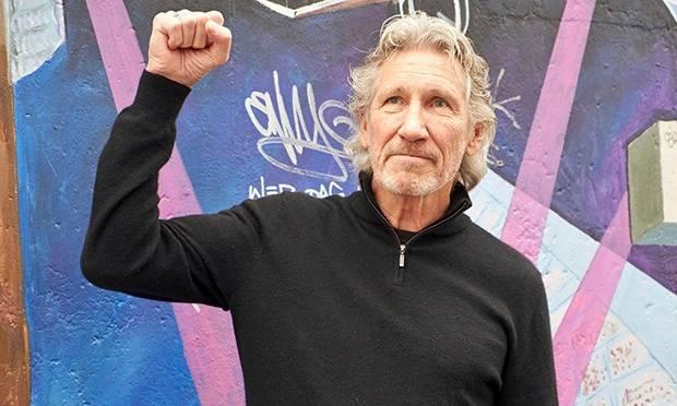 Roger Waters, bass, Pink Floyd.