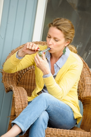 white-female-inhaling-marijuana-pipe_4800